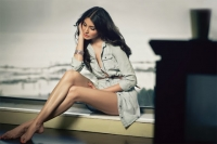 Anushka Sharma Sexy Legs from Maxim