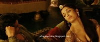 Aishwarya Rai Cleavage Picture from Jodha Akbar